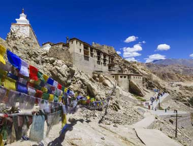 Top 5 Ladakh Packages in lehladakhtourism.com