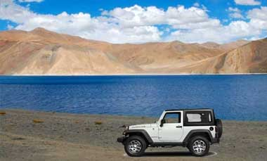 Overland to Leh with Pangong Lake in Lehladakhtourism.com